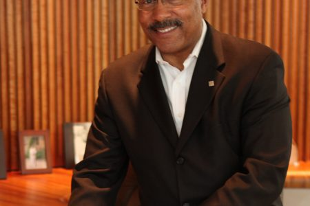GM Design Chief Ed Welburn To Retire July...
